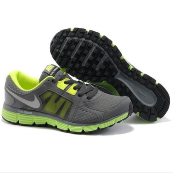 reputable site 70560 e5dd7 Nike Dual Fusion ST2 Running Sneakers